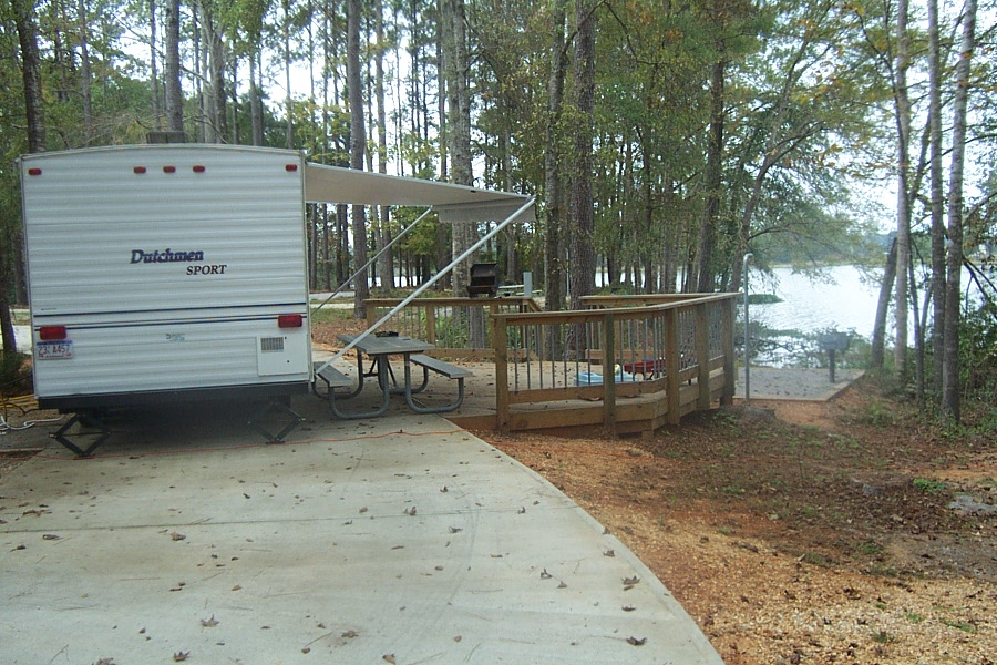 Army corps of engineers operates and maintains five campgrounds